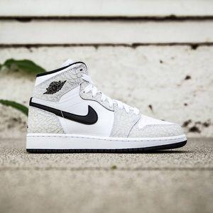 Nike Air Jordan 1 Retro White/Black -Pure Platinum